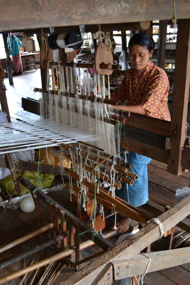 Birmania 12 escursione in barca e visita degli inle lake for Piccoli piani bungalow