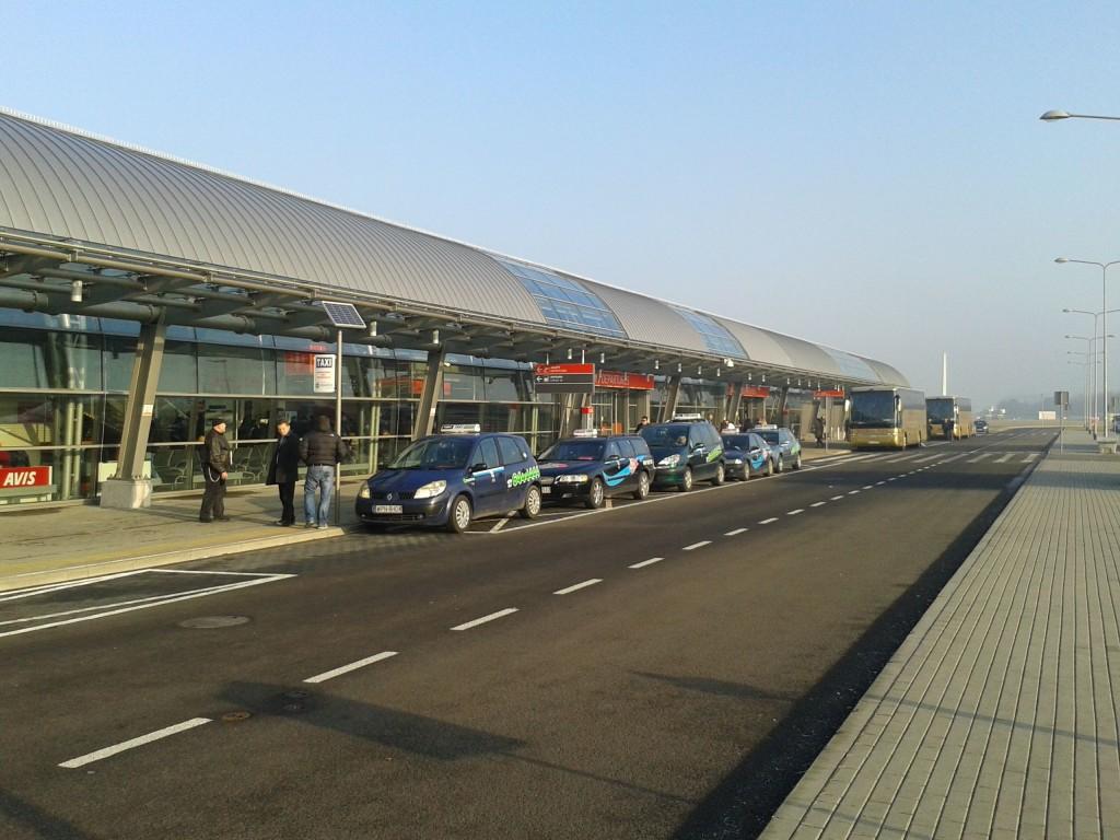 aeroporto modlin