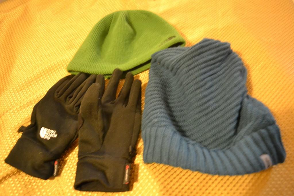 cappello guanti iran
