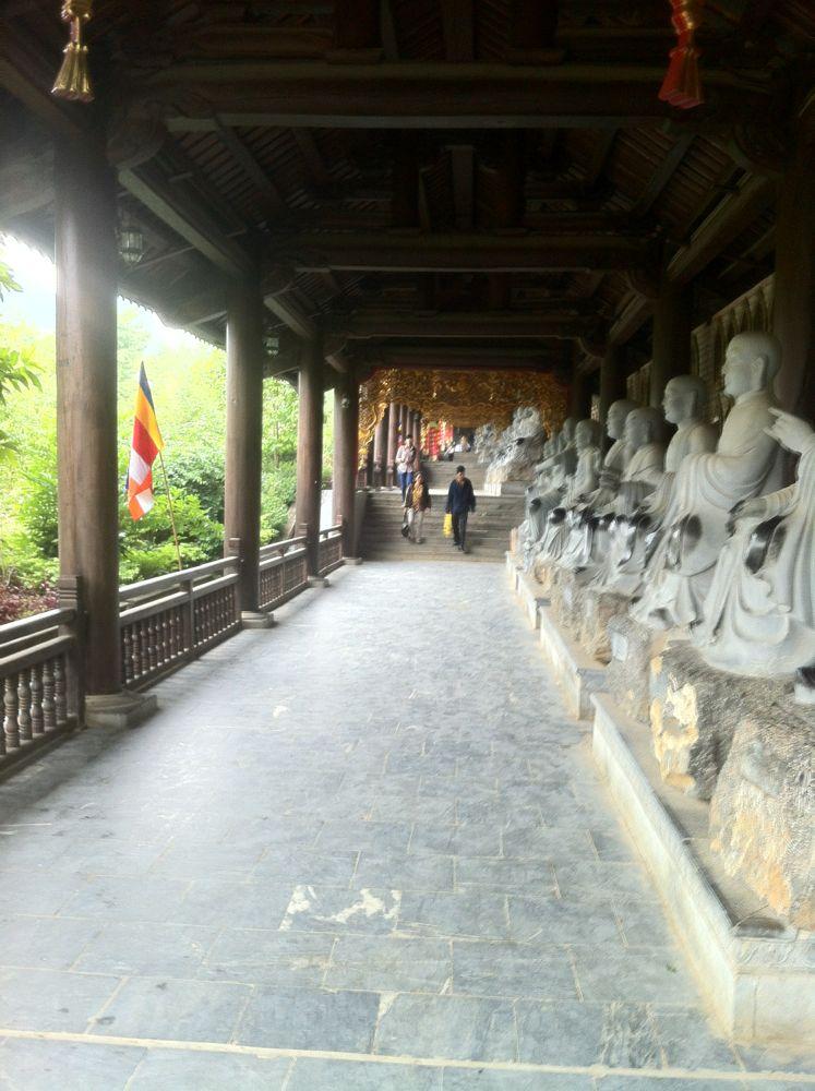 Chua Bai Dinh1