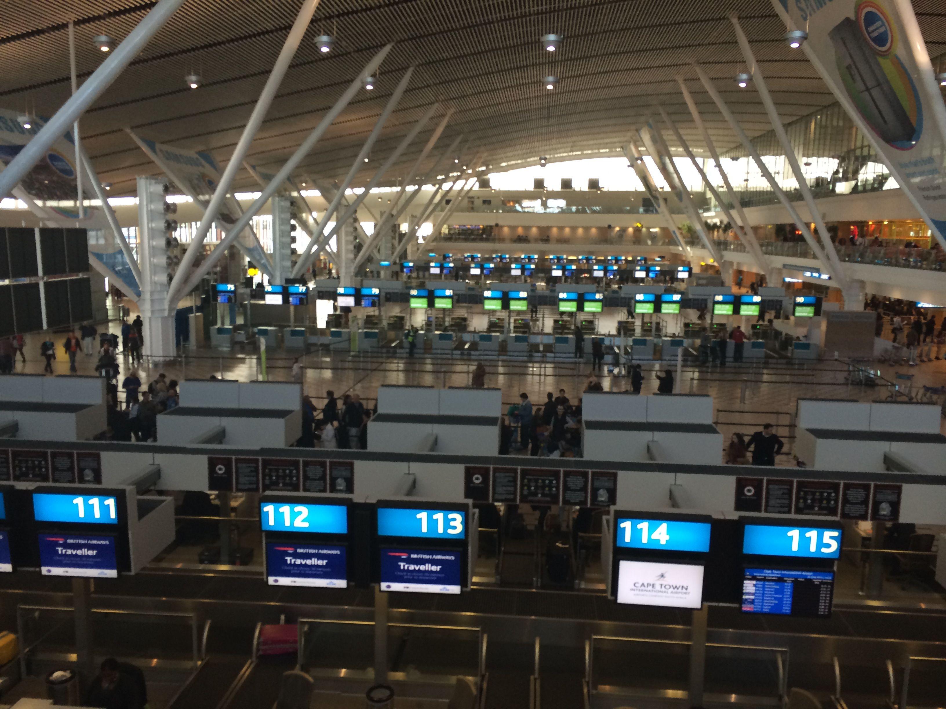 Aeroporto Johannesburg : Sudafrica aeroporto cape town international cpt