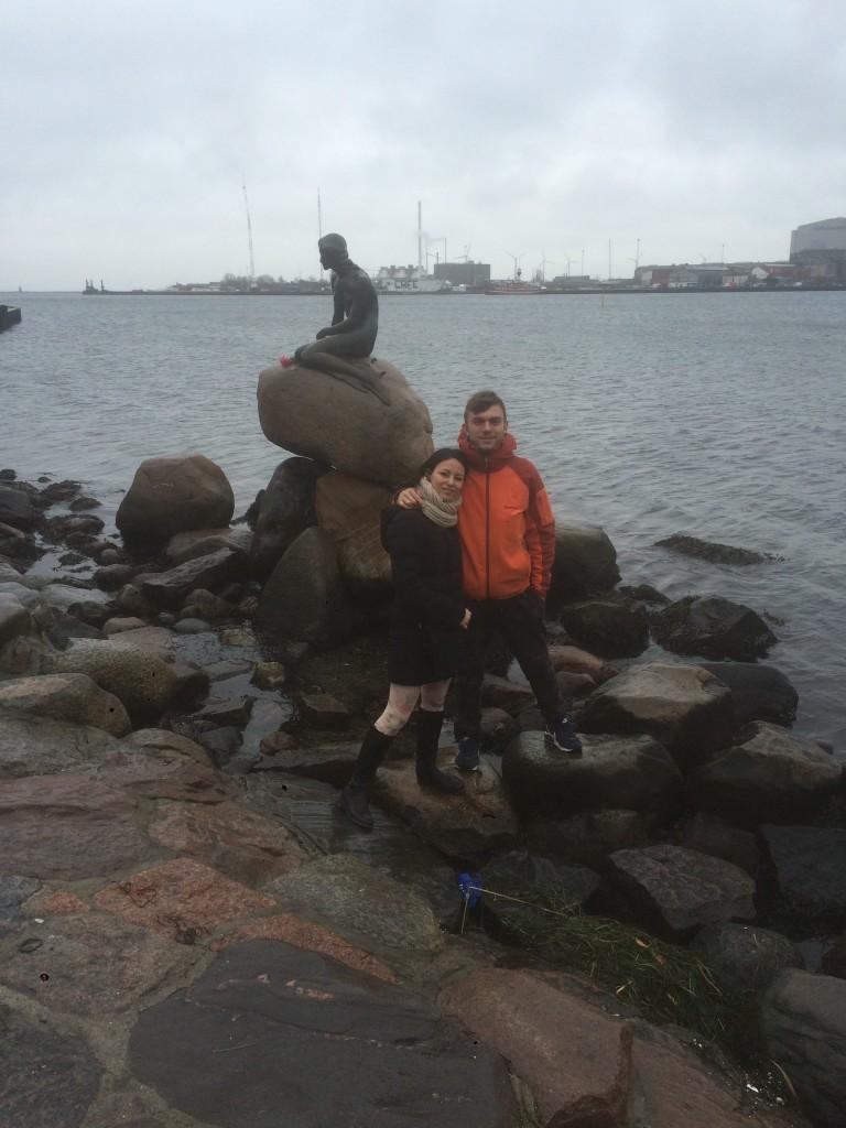 la statua della sirenetta