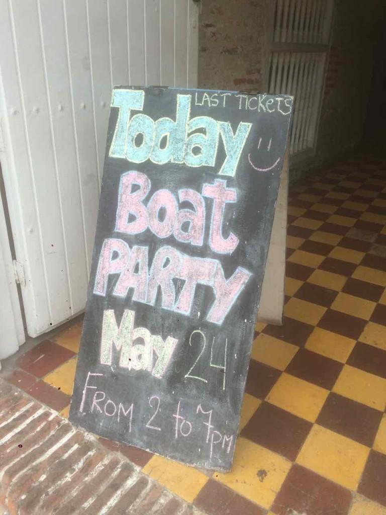 cartagena boat party