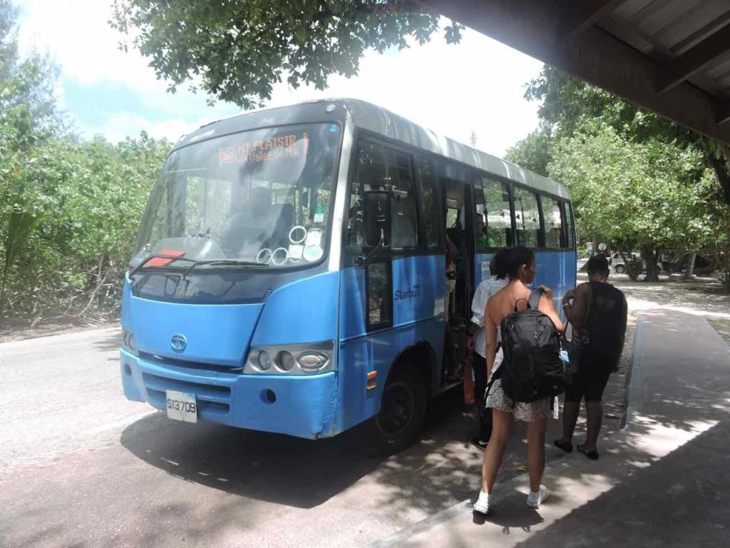 seychelles-bus
