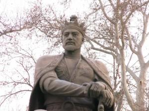 La statua a Samarcanda