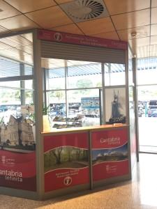 L'ufficio Informazioni dell'aeroporto di Santander