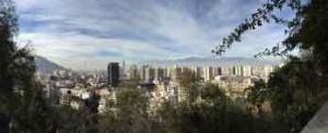 Cile cosa vedere - Santiago con le Ande in sottofondo