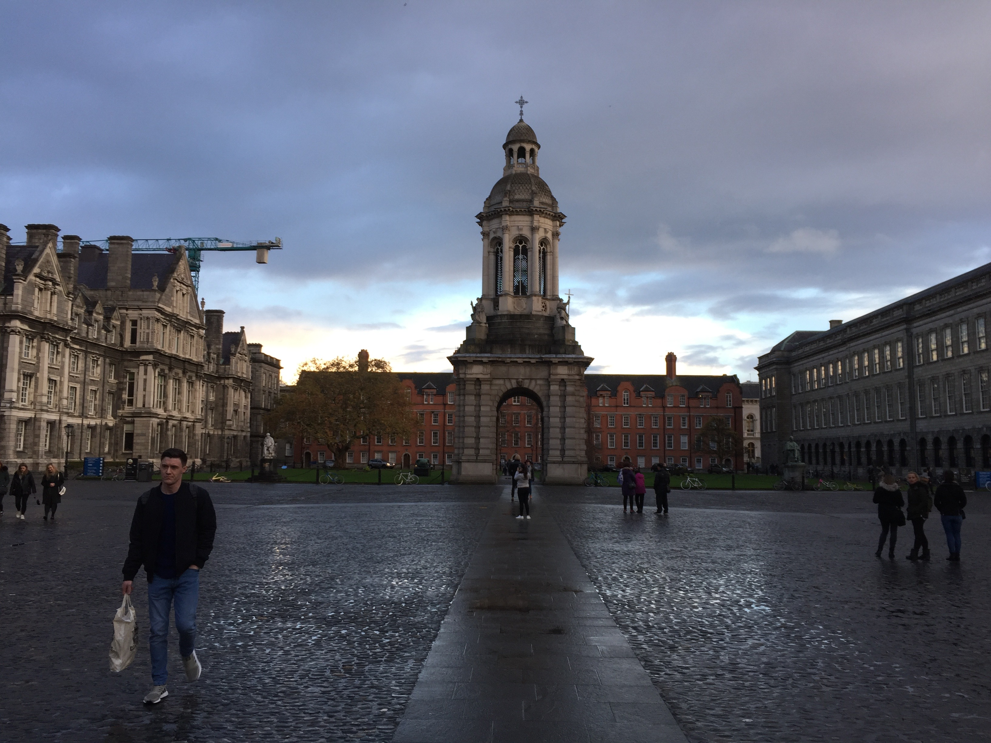 Trinity College Dublno