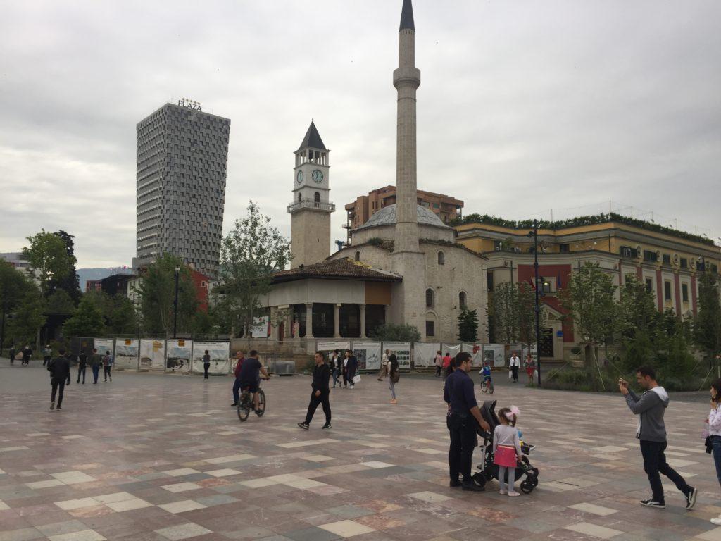 Primo giorno a Tirana
