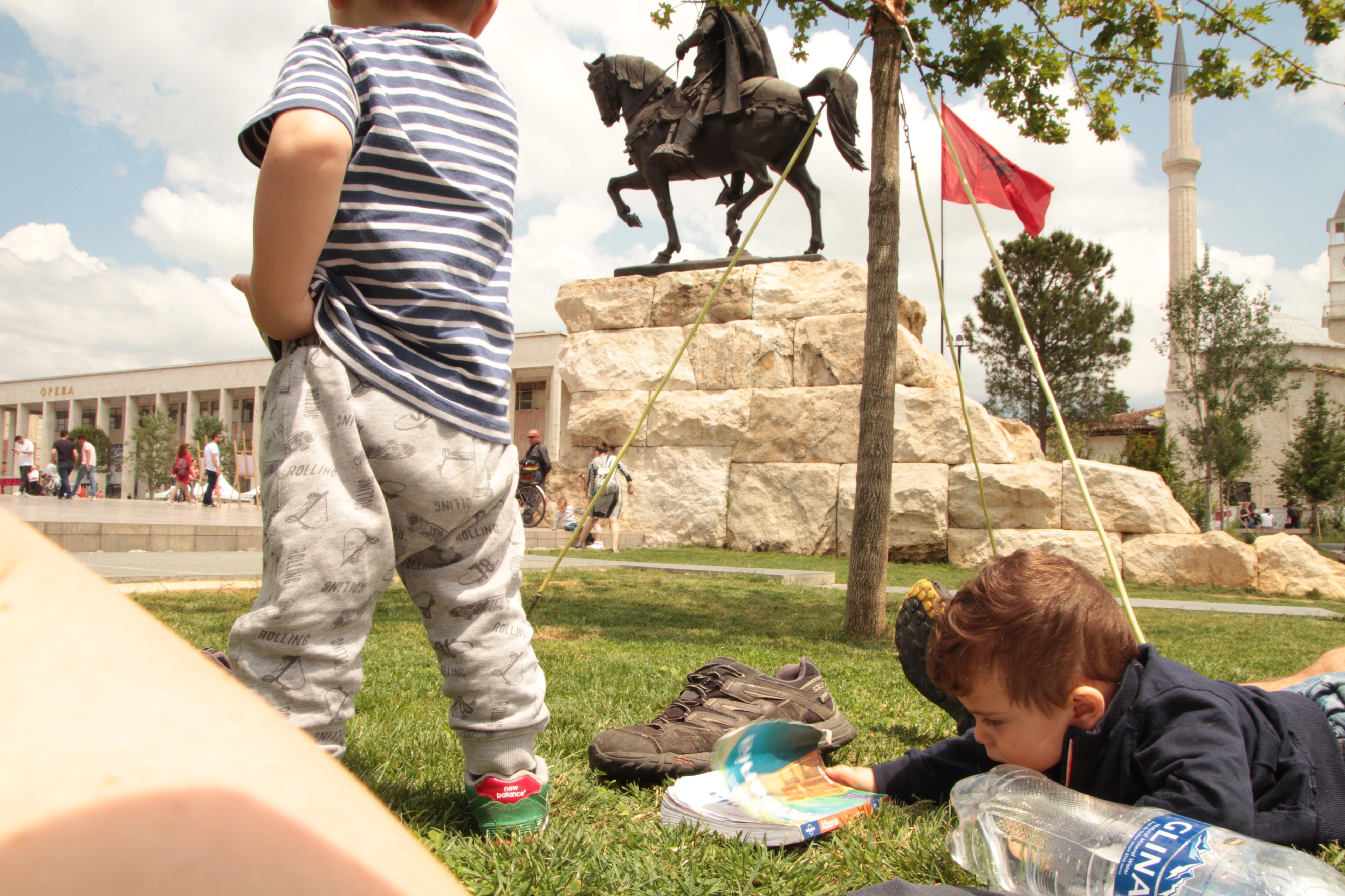 Albania con bambini